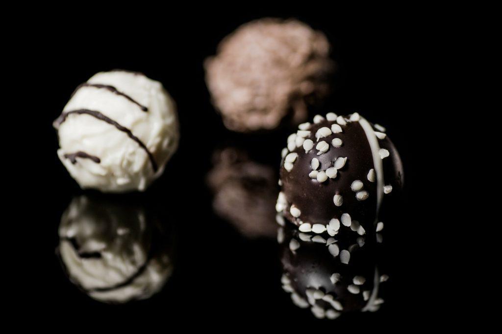 Beim Besuch im Schokoladengeschäft darfst Du nur eine Spezialität wählen. Ein dingliches Recht besteht nur an einer bestimmten Sache.
